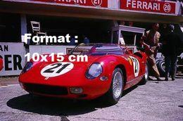 Reproduction D'une Photographie D'une Ferrari 250 P N°21 Aux 24 Heures Du Mans De 1963 - Reproductions