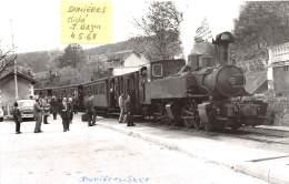 43 - HAUTE LOIRE / 43705 - Dunières - Cliché Bazin 1968 - Train En Gare - Altri Comuni