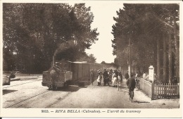 14  RIVA BELLA  L'Arrêt Du Tramway - Gares - Avec Trains