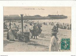 50 CHERBOURG LA PLAGE AVEC MARCHAND - Cherbourg