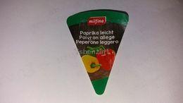 Cheese Queso Kase Label Etikette Etiqueta Hungary Milfina Paprika Pepper LIGHT - Käse