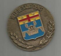G-I-E , Médaille , VILLE DE SAINT DENIS , émail , C.S.M. Ile Saint Denis , 2 Scans , 100g , Diam. : 7, Frais Fr : 4.25€ - Tourist
