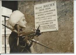 HELENE BOUCHER - AVIATRICE DE FRANCE - PLAQUE COMMEMORATIVE - PHOTO PRESSE - Aviation
