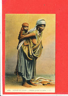 NU ETHNIQUE  Femme Sein Nu Cpa Animée Bedouine Portant Son Enfant          6394 LL - North Africa