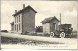 60 NEUVILLEROY  LA GARE  1907 - Gares - Sans Trains