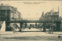 08 CHARLEVILLE /Pont De Chemin De Fer Et Boulevard Des Deux Filles / - Charleville