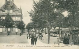 08 CHARLEVILLE / Mezieres - Place De La République Et Avenue De Charleville / - Charleville