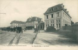 08 CHARLEVILLE / La Gare / - Charleville