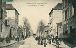 08 CHARLEVILLE / Les Casernes Et Le Faubourg De Flandre / - Charleville