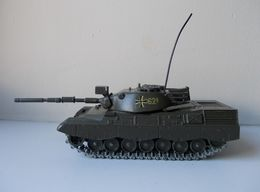 - Char - KPZ LEOPARD - Solido - N°243 - 12/1974 - - Tanks