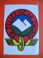PD ZELJEZNICAR ZAGREB - Escudos En Tela