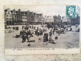 62 - CPA  Animée ARRAS - La  Grande Place, Un Jour De Marché (LL-18) - Arras
