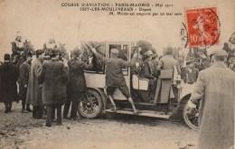 92 ISSY-les-MOULINEAUX  Course D'Aviation Paris-Madrid  Mai 1911 Départ M Monis Est Emporté Par Un Taxi - Issy Les Moulineaux
