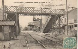 92 BOIS-COLOMBES  Passerelle Et Intérieur De La Gare - Colombes
