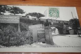 CPA CHELLES 77 Le Pont De Chemin De Fer  Et La Route De Gournay Le Train Sur Le Pont Pubs Diverses - Gares - Avec Trains
