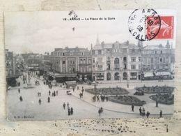 62 - CPA Animée ARRAS - La Place De La Gare (BD -18) - Arras