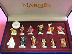 Coffret Collector Série Complète De 12 Fèves Disney + Fève Gagnante Gagné Un Cadeau - LE MONDE DE NARNIA - 2006 ( Feve ) - Disney