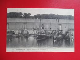 CPA 59 DUNKERQUE DEFENSE MOBILE AVEC LES SOUS MARINS - Dunkerque