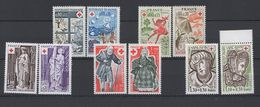 10 Timbres Croix Rouge Années 1974 / 1979  - Neufs - Unused Stamps