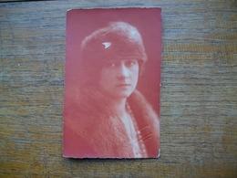 Ancienne Carte Photo , Silhouette De Femme Ou Portrait - Silhouettes