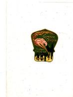 AN 278 /   ETIQUETTE - ESSENCE CHOISIE  VICTOR VAISSIER  PARIS - Labels
