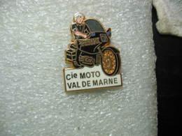 Pin's De La Police: Compagnie De Motos Du Val De Marne - Police
