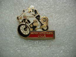 Pin's De La Police: Section Motocycliste De LILLE - Police