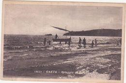 M350 GAETA LATINA SPIAGGIA DI SERAPO ANIMATA 1920 CIRCA DANNEGGIATA - Latina