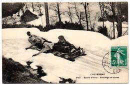 CANTAL - Dépt N° 15 = PAULHAC 1915 = CPA Animée AUVERGNE N° 3457 = SPORTS D'HIVER / BOBSLEIGH EN COURSE - Sports D'hiver