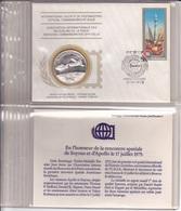 1975 Premier Jour Timbre URSS Lancement Du Vaisseau Et Médaille En Argent Massif Rencontre De Soyouz Et D'Apollo - Russie & URSS