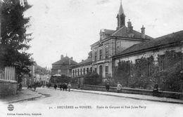 CPA - BRUYERES (88) - Aspect De L'ecole Des Garçons Rue Jules Ferry En 1921 - Bruyeres