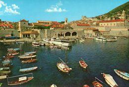 DUBROVNIK - Vue Sur Le Port - Croatia