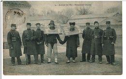 CHINE    -   TIEN -TSIN    -  Arsenal De L' Est  -  Prisonniers Chinois    (  Carte Pas Courante ) - Chine