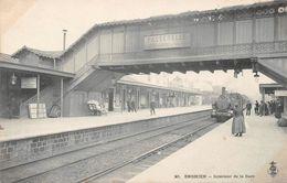 ENGHIEN LES BAINS - Intérieur De La Gare - Enghien Les Bains