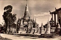 Cambodge, Phnom-Pen, Phnoms    (bon Etat) - Cambodia