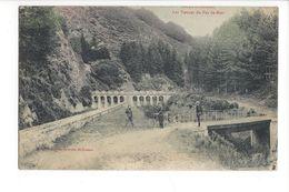 19152 - Saint-Etienne Les Vannes Du Pas De Riot Cyclistes Et Promeneur - Saint Etienne
