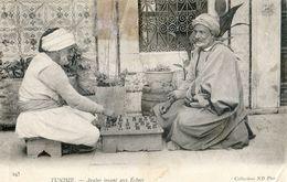 Tunisie - Arabes Jouant Aux Echecs - Túnez