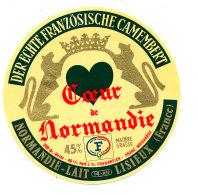 P 892 - ETIQUETTE DE FROMAGE - CAMEMBERT COEUR DE NORMANDIE  NORMANDIE LAIT LISIEUX   (CALVADOS) - Cheese