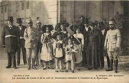 -dpts Div.-ref-XX306- Haut Rhin - Dannemarie -autorites Du Cercle Et De La Ville Attendant Le President De La Republique - Dannemarie