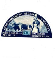 P 937- ETIQUETTE DE FROMAGE -DEMI- CAMEMBERT   LAITERIE DE VAUCELLES (CALVADOS) - Cheese