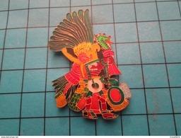 AZT  Pin's Pins / Rare Et De Belle Qualité PIN'S ARTISANAL REPRESENTANT UN DES MOIS DU CALENDRIER AZTEQUE - Badges