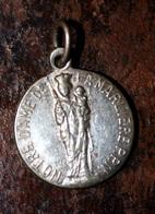 """Pendentif Médaille Religieuse Début XXe """"Jésus Christ / Notre-Dame De La Marlière / Tourcoing"""" Lille - Religious Medal - Religion & Esotérisme"""