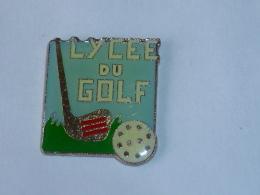 Pin's LYCEE DU GOLF  01 - Golf