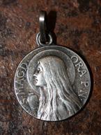 """Pendentif Médaille Religieuse Début XXe """"Sainte Marie-Madeleine / La Sainte Baume"""" Religious Medal - Religion & Esotérisme"""