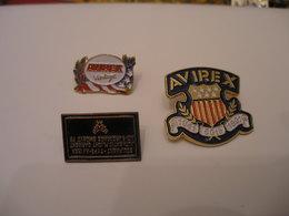 3 Pin's  AVIREX - Trademarks