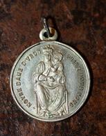 """Pendentif Médaille Religieuse Début XXe """"Notre-Dame D'Yron / Chartres"""" Religious Medal - Religion & Esotérisme"""