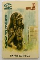 Rapariga Muila - Angola