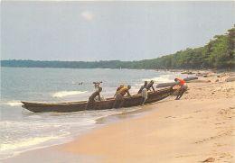 Gabon - Libreville - Sur La Plage De La Sablière - Gabon