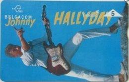 BPR-1995 : P338 5u JOHNNY HALLIDAY Guitar MINT - Belgium