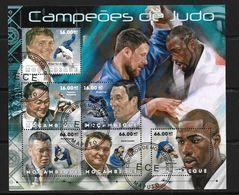 MOZAMBIQUE 2012  JUDO  (CTO)   YVERT N°  OBLITERE - Judo